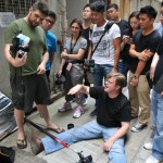 Joe McNally on the street as part of this Small Flashes, Big Results workshop. Part of Creartive Asia